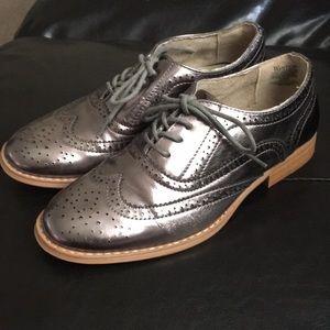Metallic Oxford shoes size 6.5